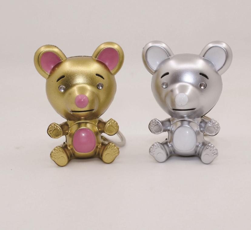 吉祥卡通老鼠创意个性带灯带声音汽车钥匙链包包挂件新年送人礼