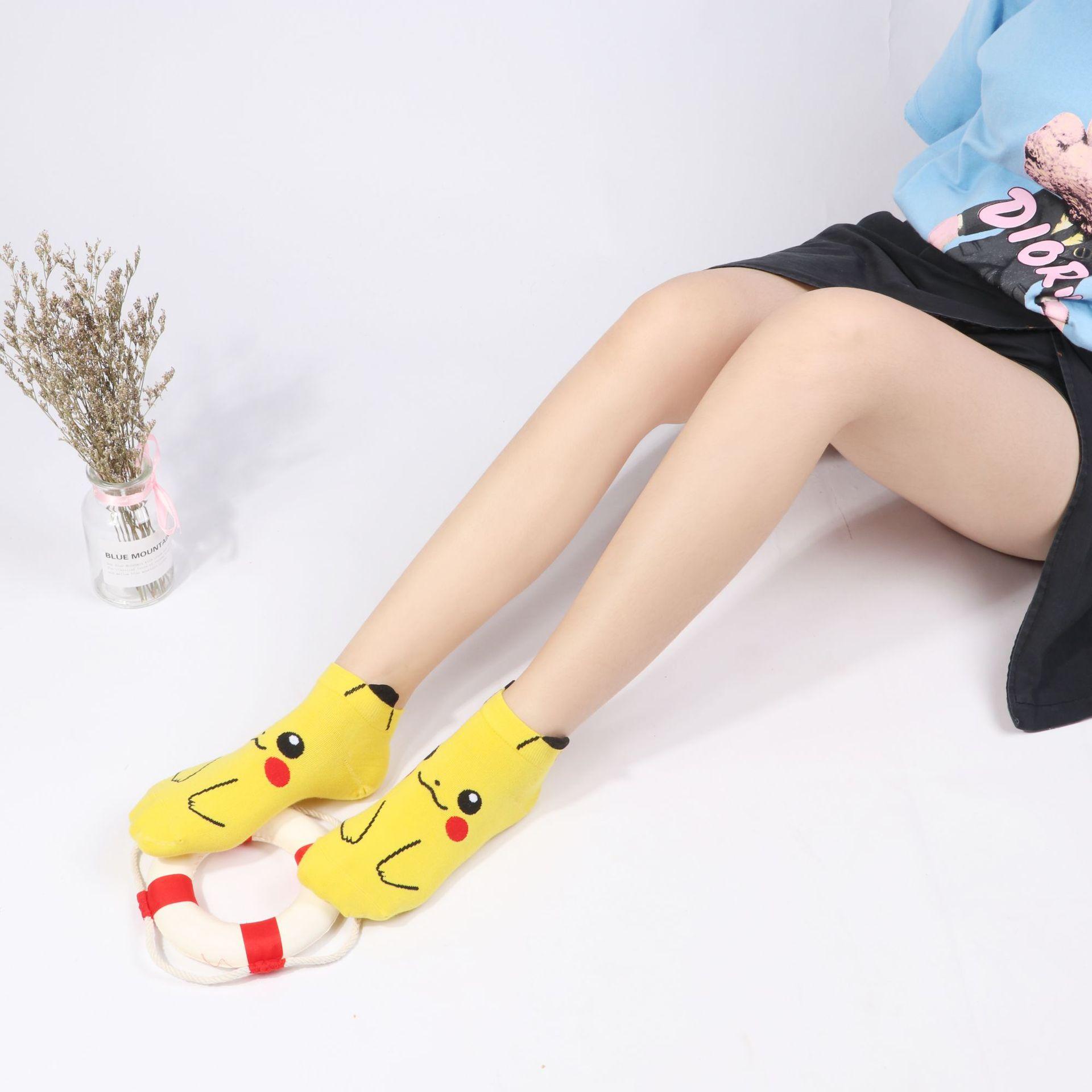 新款袜子 可爱卡通皮卡丘袜子 女士吸汗防臭袜 船袜女厂家批发