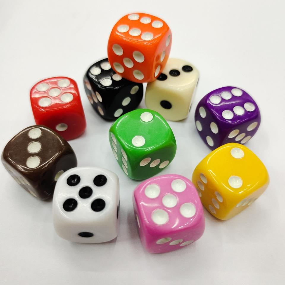 现货供应16mm亚克力骰子 新料圆角骰子筛子色子玩具配件彩色骰子