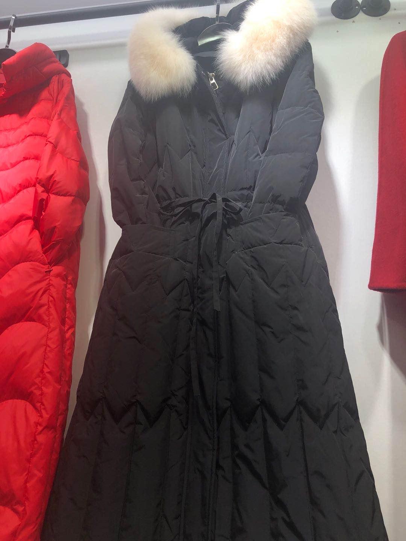 冬款中长款纯色修身毛领保暖女装羽绒服