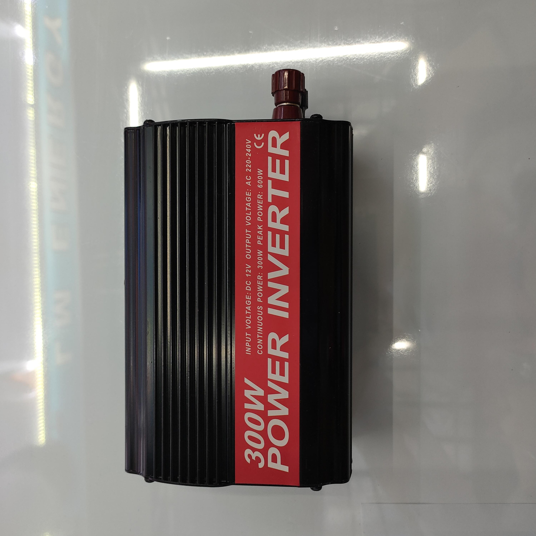 热销款逆变器跨境专供逆变器12V 300W双USB逆变器