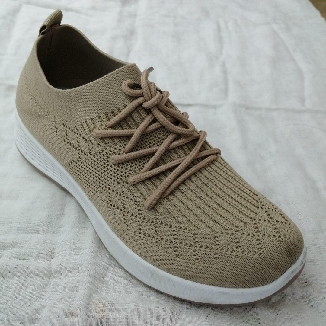 暗纹系带春秋新款透气舒适飞织休闲鞋跑步鞋运动鞋