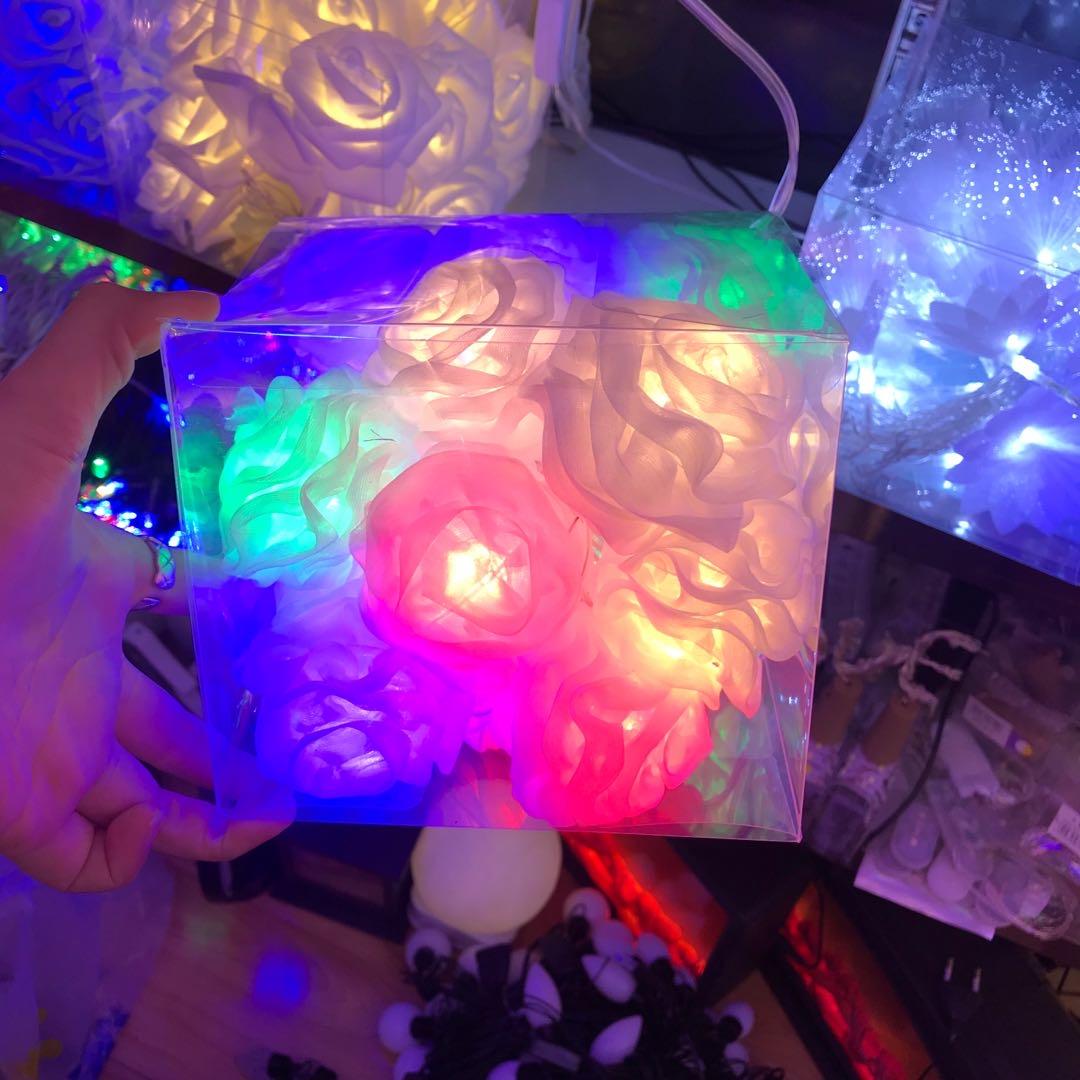 新款LED彩灯闪灯串灯节日树叶灯圣诞户外防水灯七彩装饰灯窗帘灯