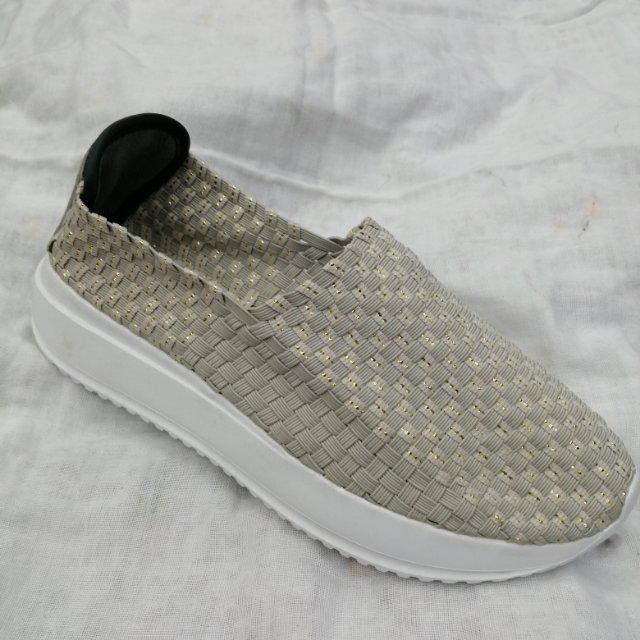 亮丝条夏季新品手工编织弹力皮筋女鞋浅口透气网面休闲鞋轻便沙滩鞋