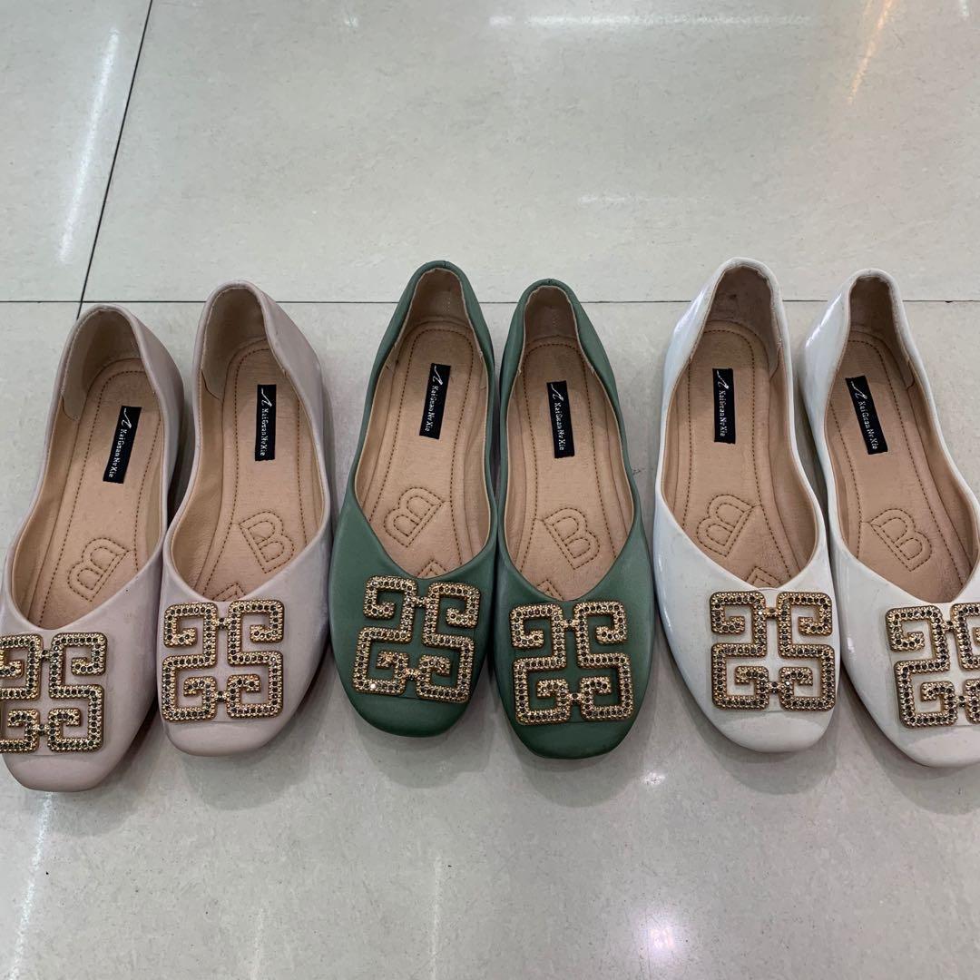 女士单鞋春季新款简单粉色绿色米色平底鞋软底35~39