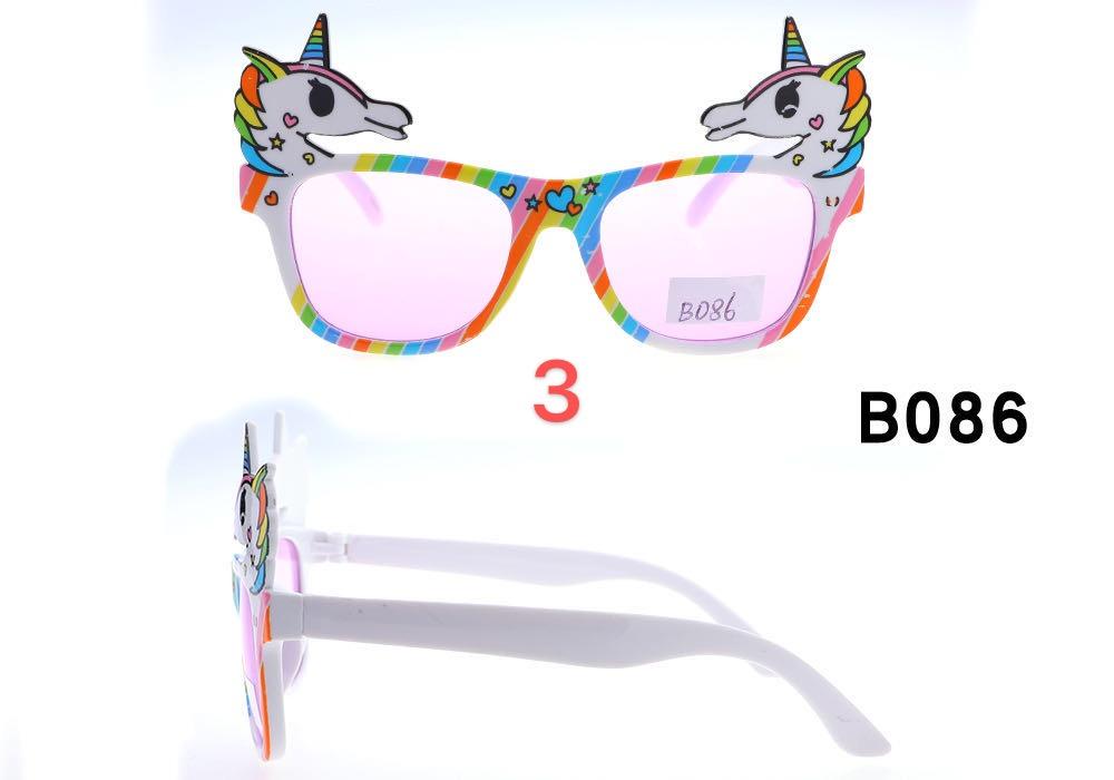 新品时尚可爱儿童太阳镜墨镜方框太阳镜偏光镜潮人潮童卡通图像