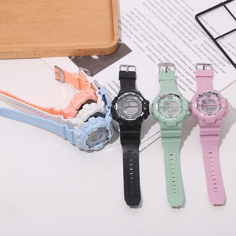 新款韩版女士腕表 创意独角兽运动多功能电子手表 男孩女孩夜光表