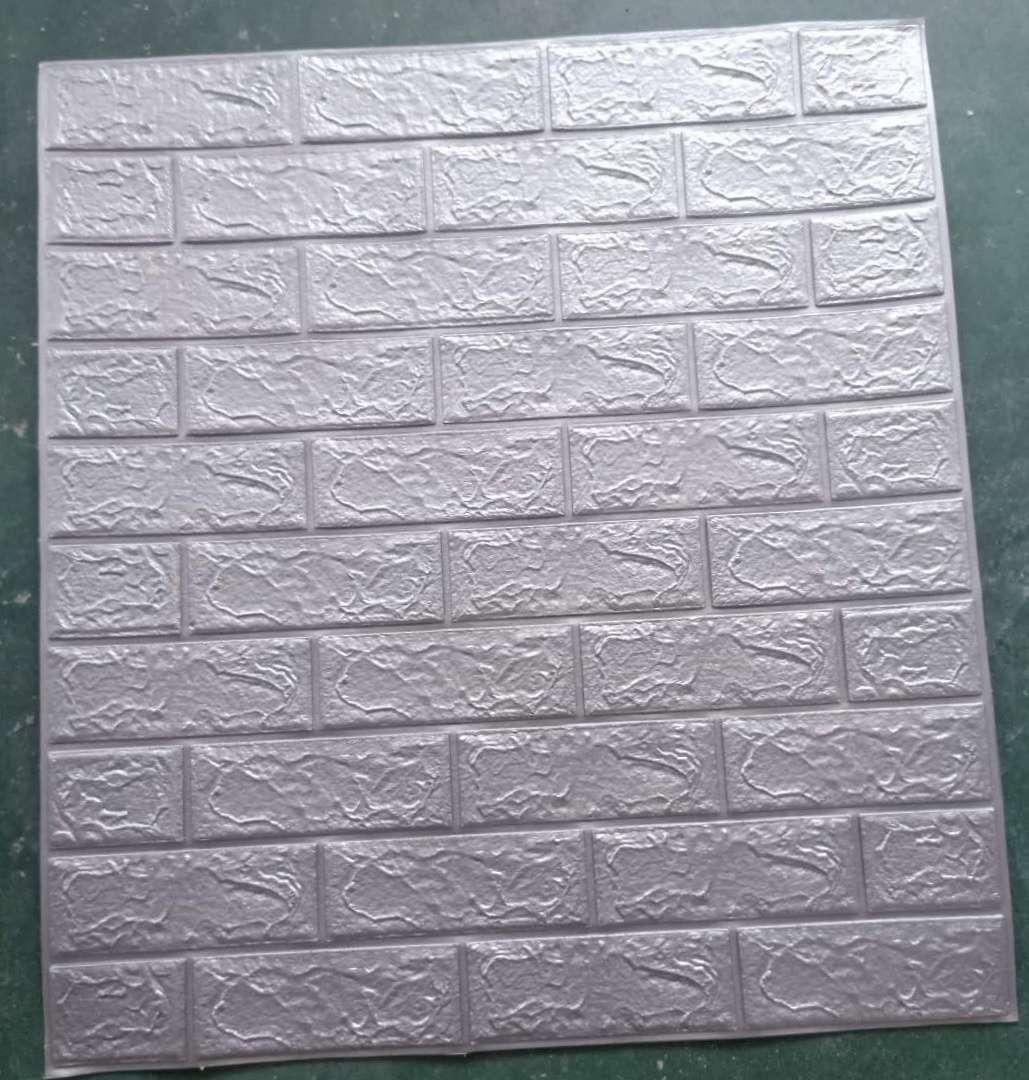 砖纹3D立体自粘墙贴,家装修墙贴,店面装饰墙贴等等。
