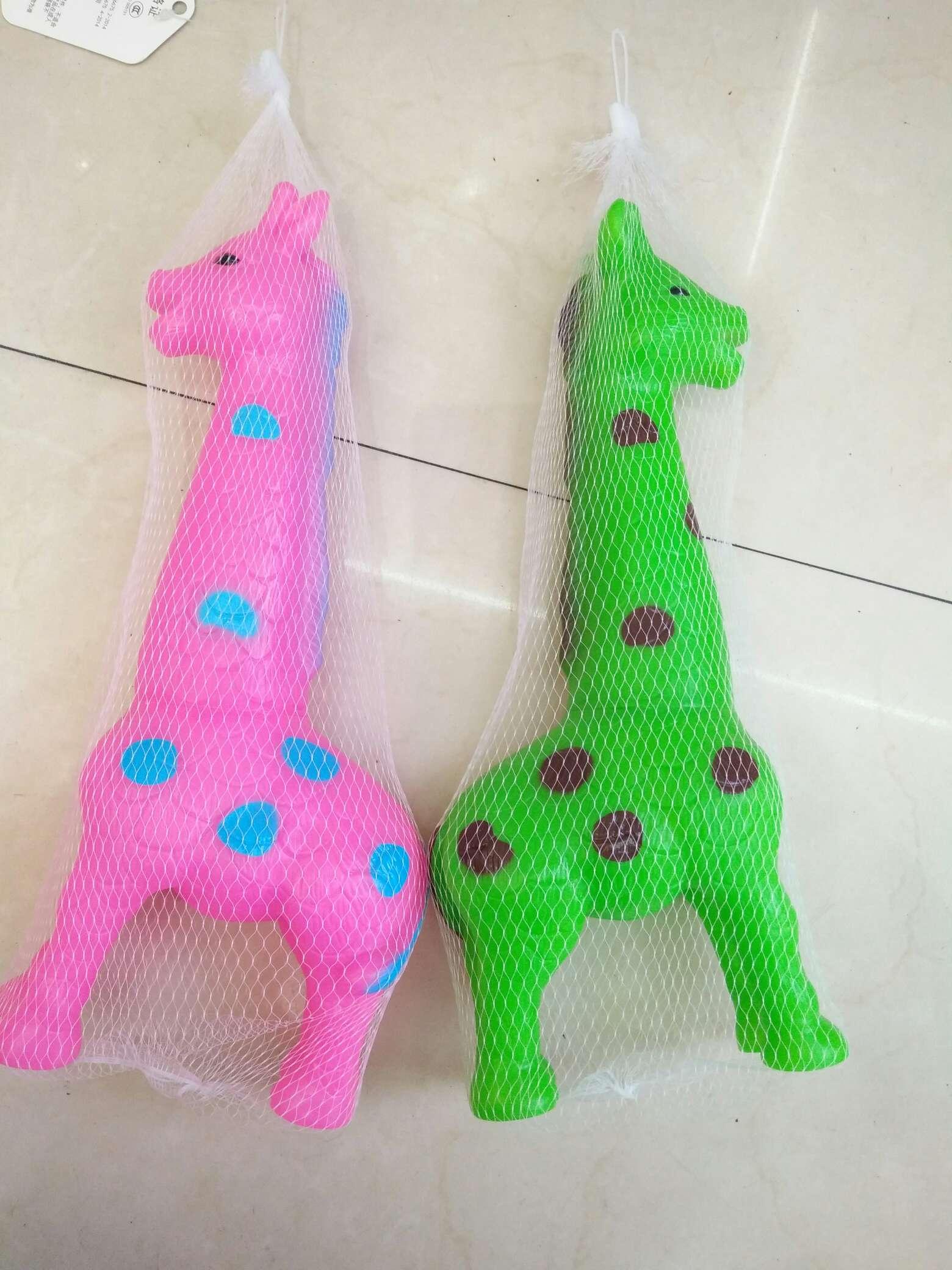 搪胶玩具,PVC玩具,站立长颈鹿,发声长颈鹿,两色。