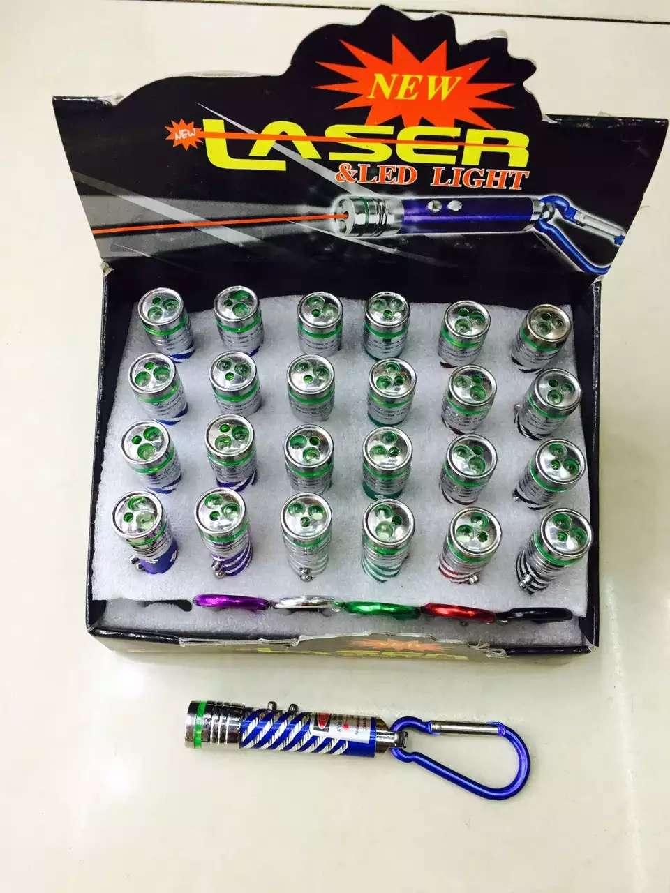 三合一快闪激光灯,足球激光灯,吸卡,挂卡,盒装,都有