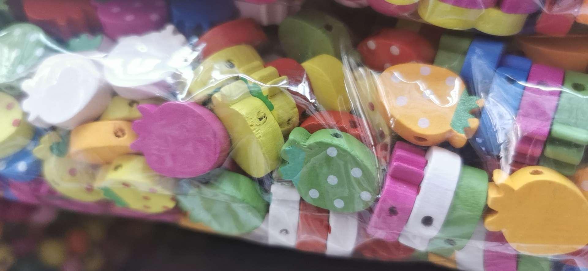木珠小草莓