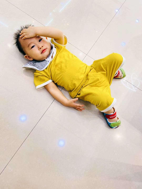 夏季超薄男女宝宝居家短袖纯色套装 四个尺码73 80 90 100  黄色 白色  浅粉  灰绿色 下单备注尺码颜色