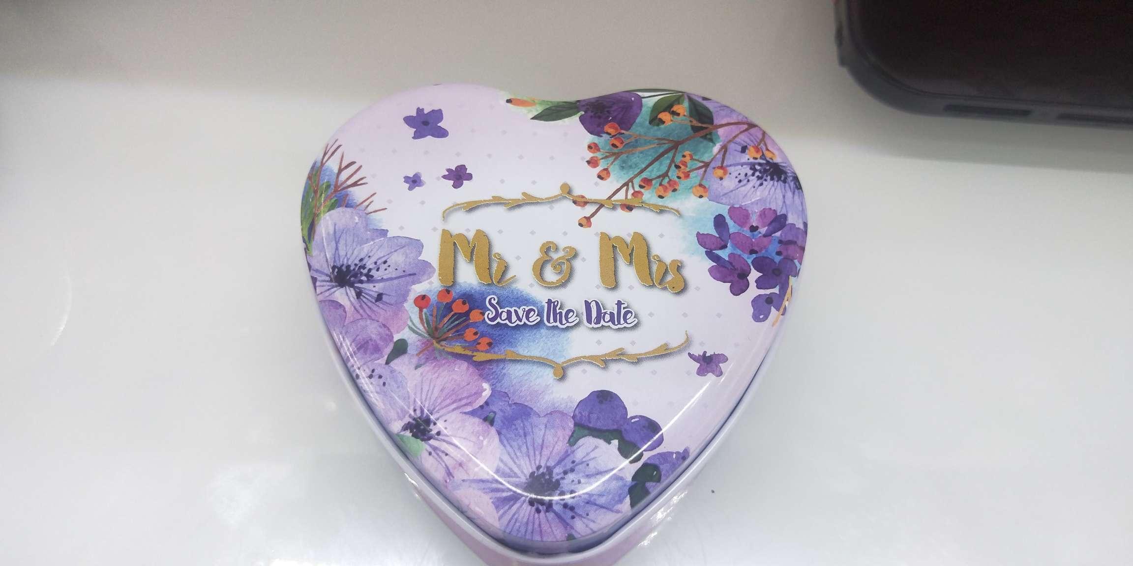 10*9.5*4.5cm 精美爱心形包装铁盒 礼品盒Z-27