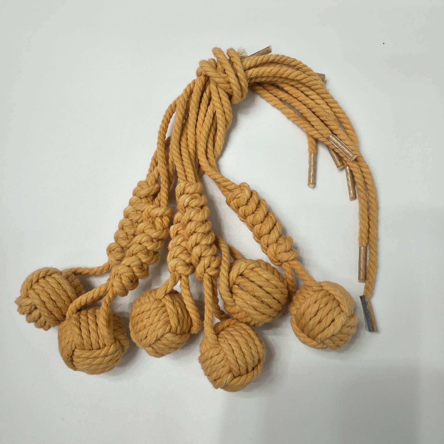 手工编织随身带幸运球