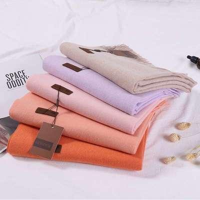 歌润丝韩版纯色加厚围巾320克精品仿羊绒长款大披肩