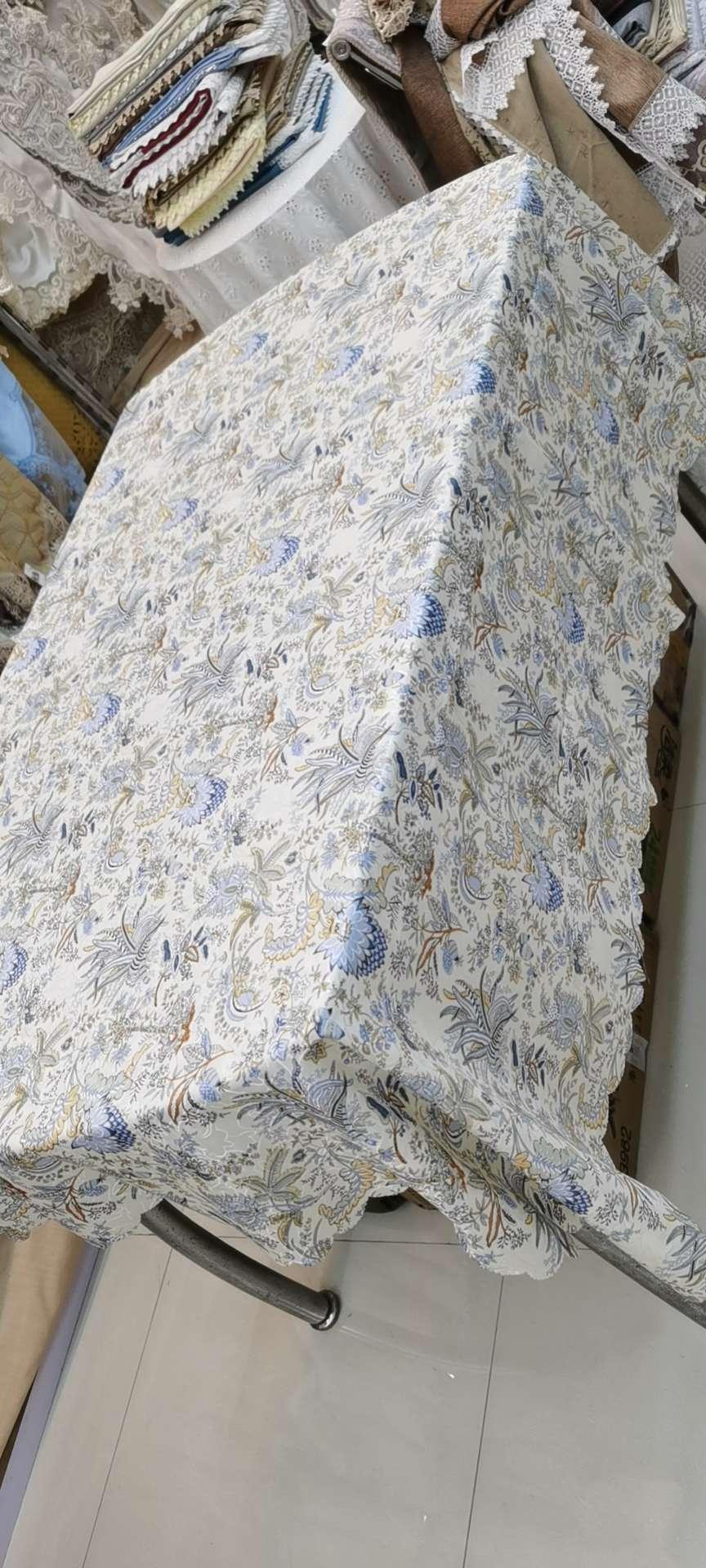 田园风桌布 简约制作工艺 花型可选 130*180cm ¥16 200片起