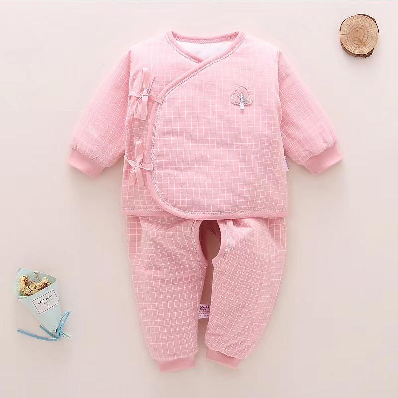 新生儿粉系格子棉质服