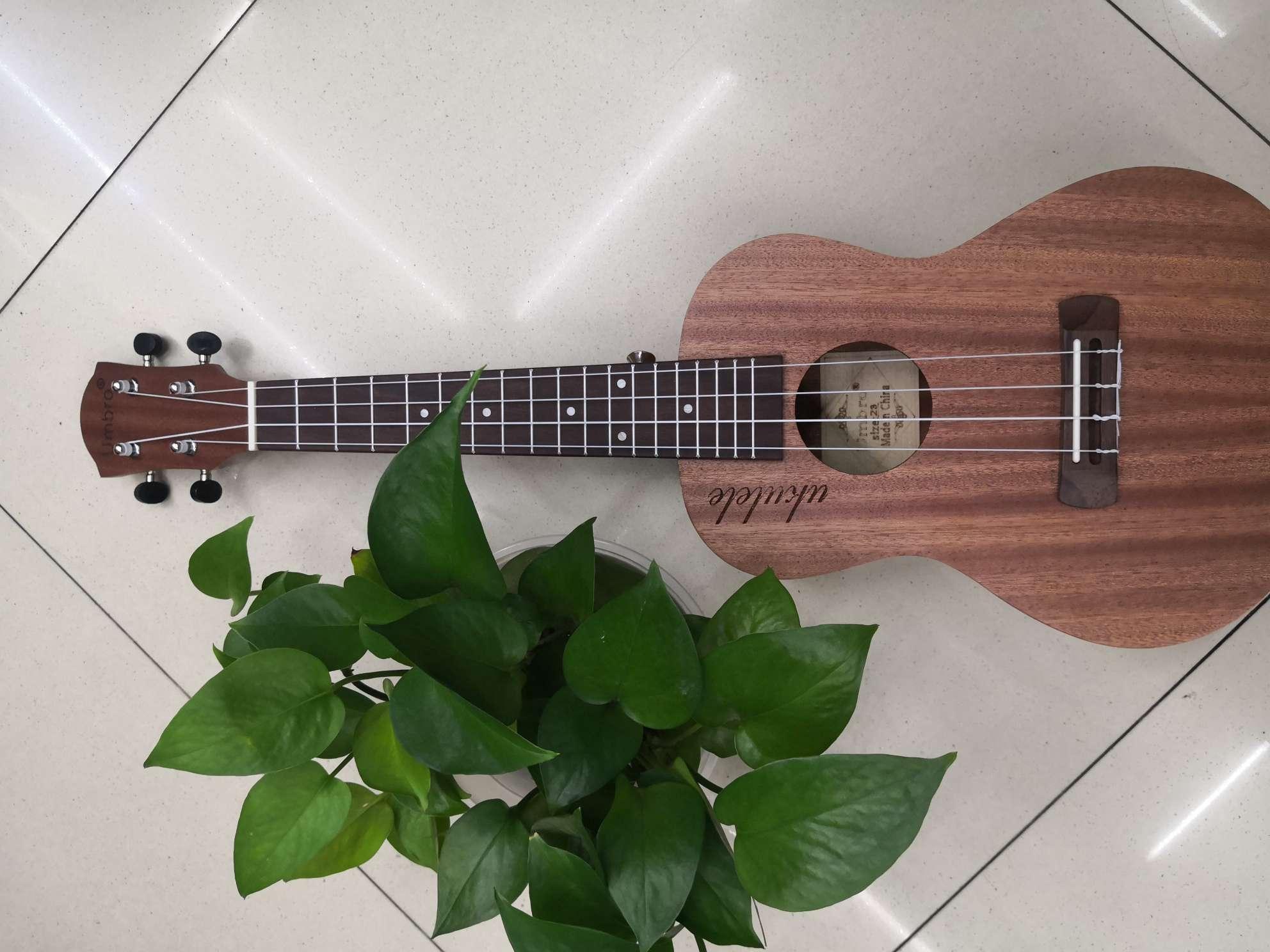 23寸全萨比利优格利利吉它小吉它成人儿童入门吉他