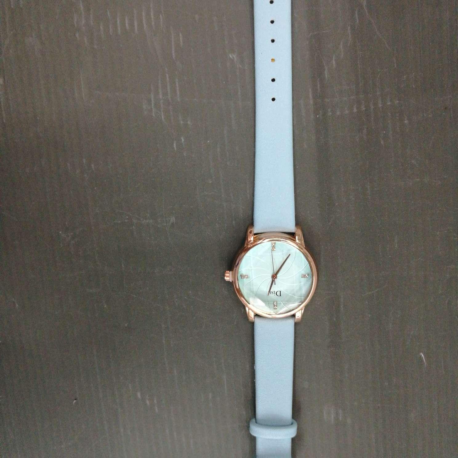 儿童表时尚学生表成人手表蓝色皮带