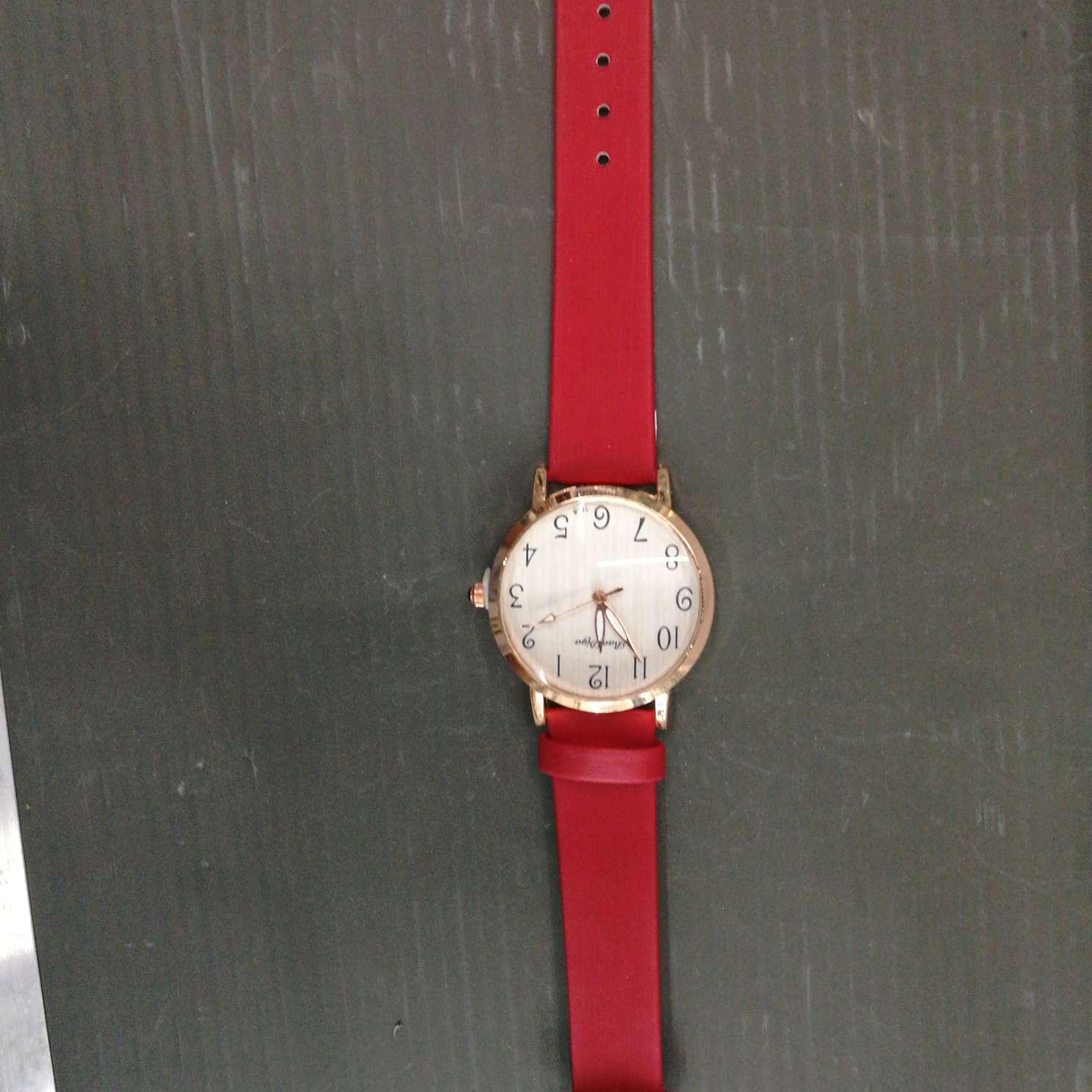 儿童手表时尚学生表成人手表红色皮带
