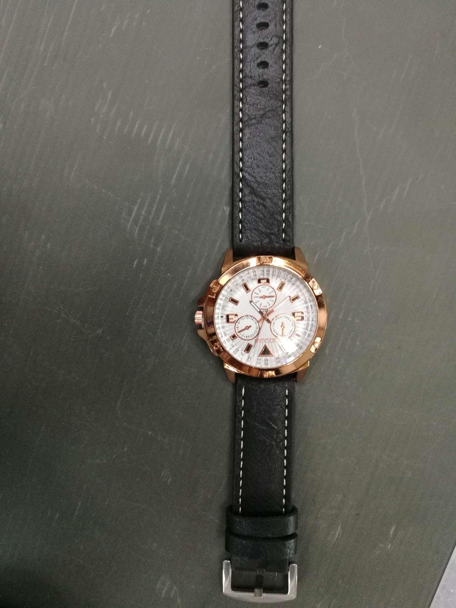 时尚手表学生手表儿童表金色表盘