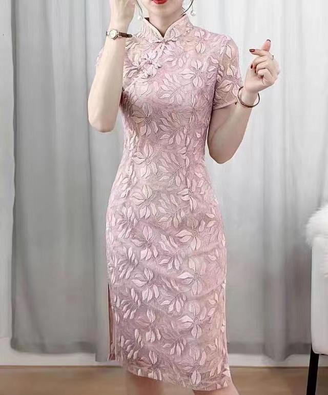 62022重工蕾丝旗袍
