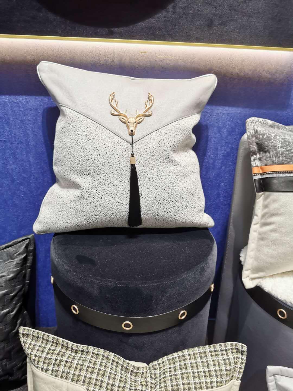 艺绣软装现代轻奢风系列 沙发抱枕  价格 面议