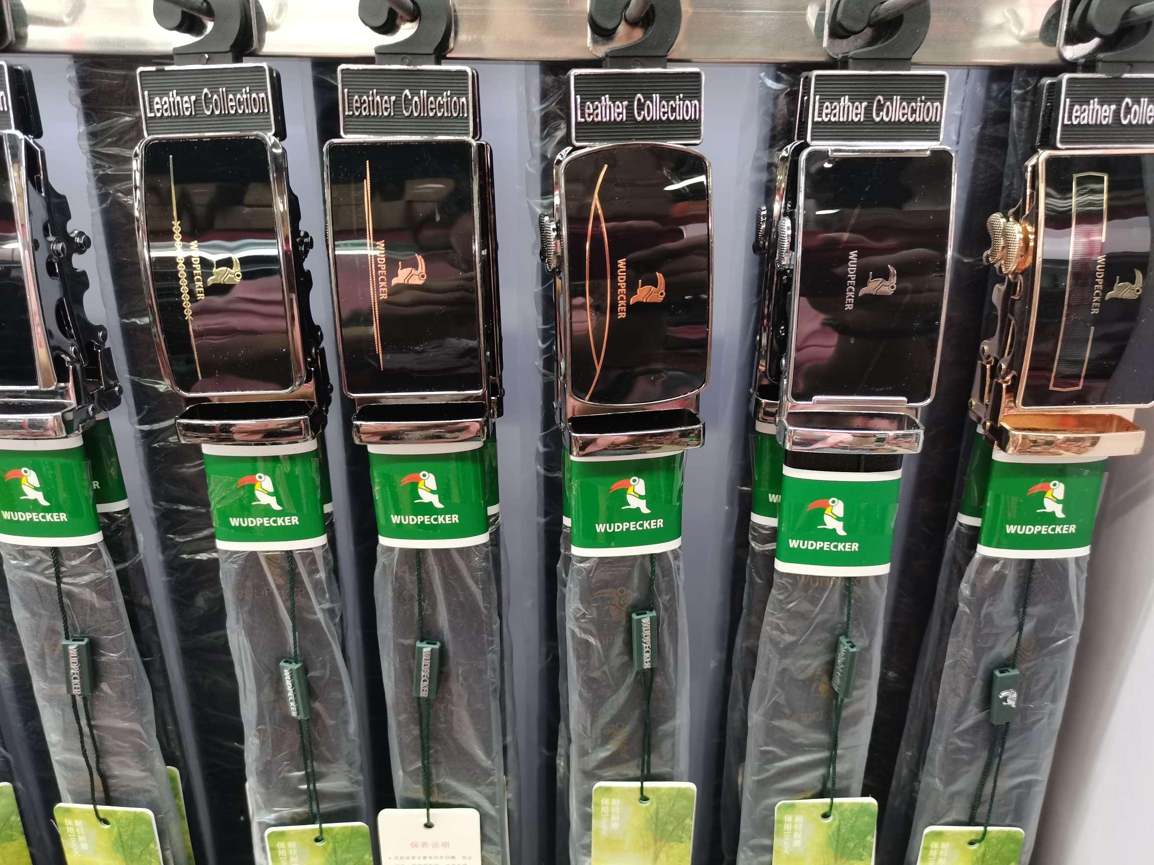 厂家直销WUDPECKER男士自动皮带经典百搭腰带