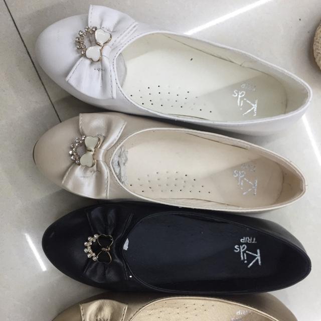 时尚休闲平底平跟女鞋春夏新款豆豆舒适船鞋中童单鞋