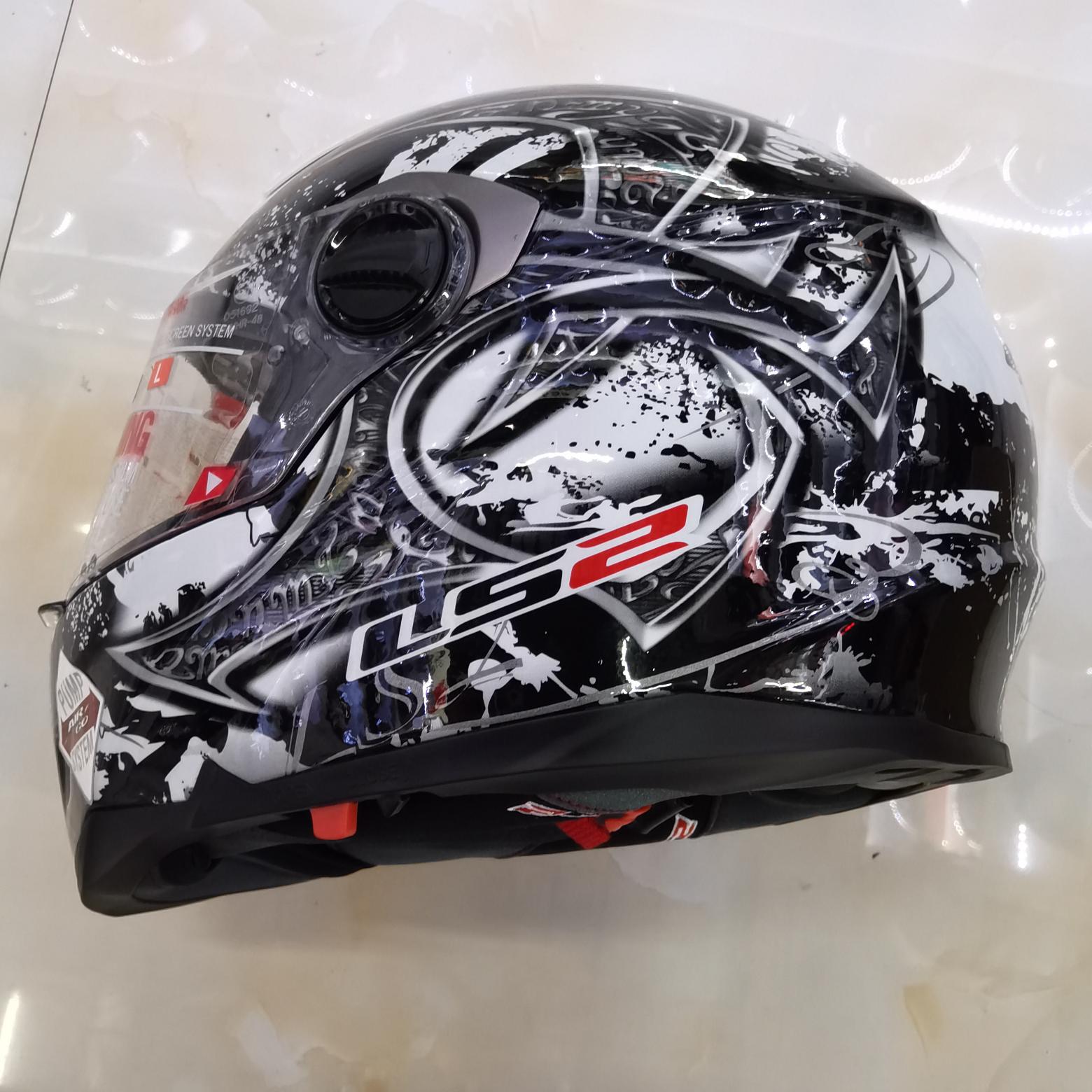 新款摩托车安全头盔机车电动车骑行专用头盔男女款跑盔防水透气轻便保暖四季款全覆式安全头盔