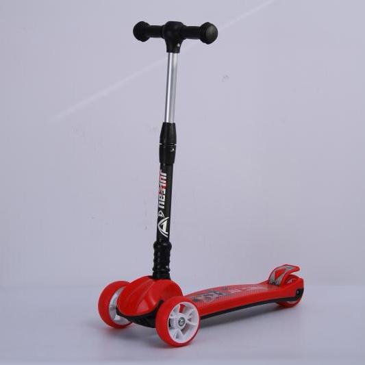 厂家直销品质优良儿童滑行车 ,学步车。滑步车