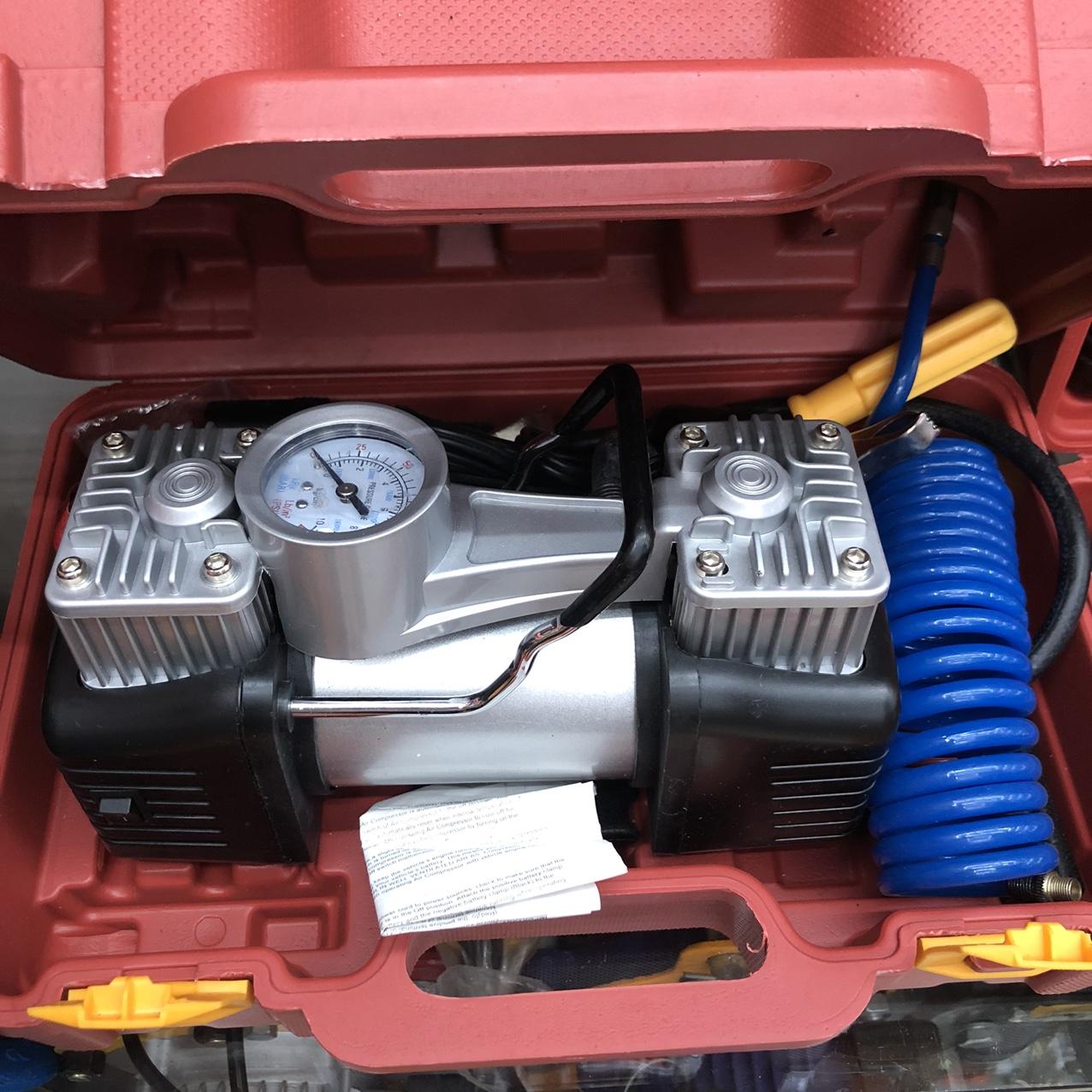 汽车电动充气泵 车载充气泵