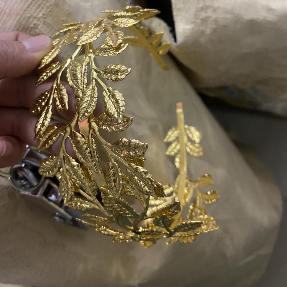 金色皇冠 手环 饰品傣族手链 舞蹈演出 影楼 婚礼手镯
