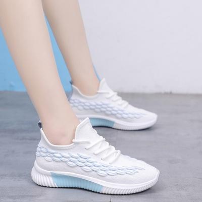 批发2021年新款休闲潮流百搭飞织女网鞋运动鞋彩色底女鞋