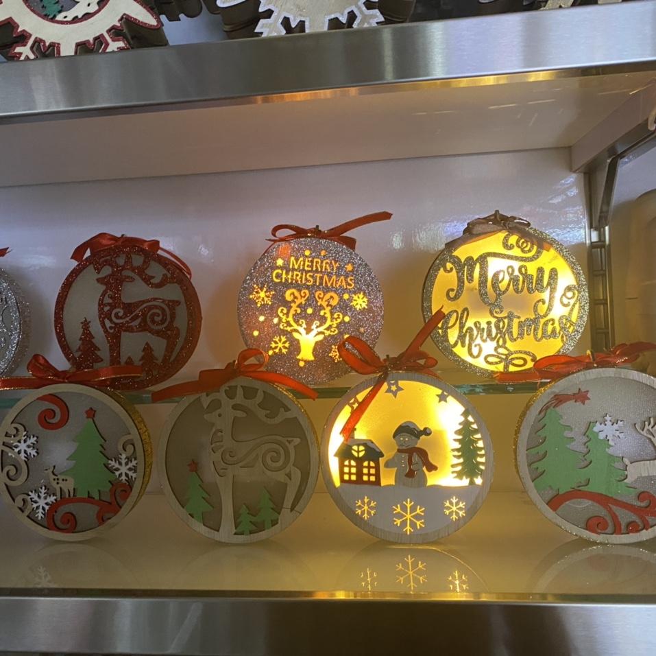 圣诞装饰发光原色木质圣诞树摆件 挂件 酒店商场橱窗装饰布置带灯摆件
