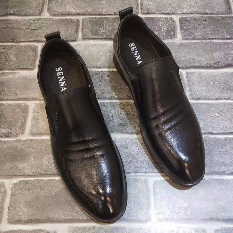 2021年真皮潮流男士休闲鞋商务皮鞋软底牛皮单鞋