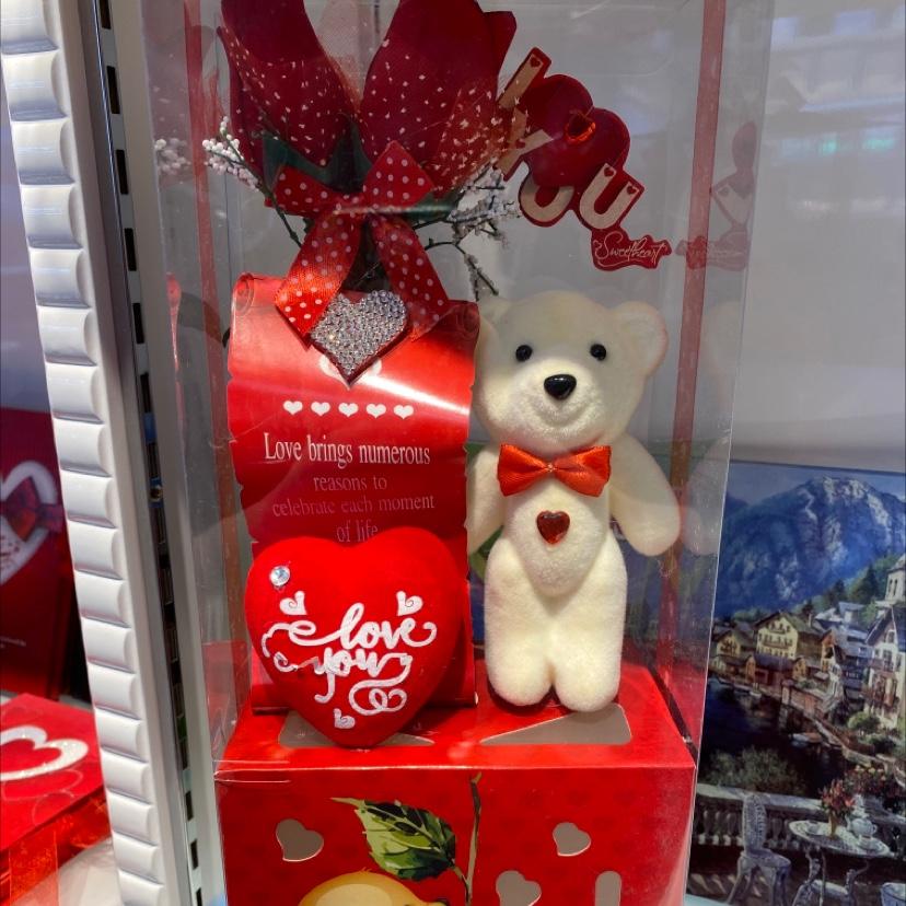 小熊玫瑰花礼品