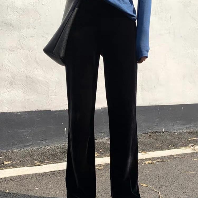 高腰垂感丝绒阔腿裤