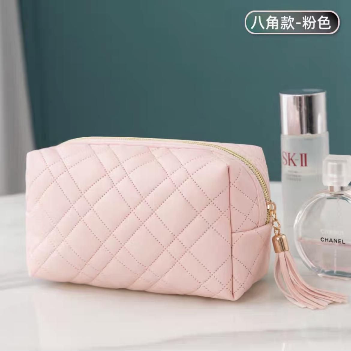 PU面料压花化妆包方形包-粉色