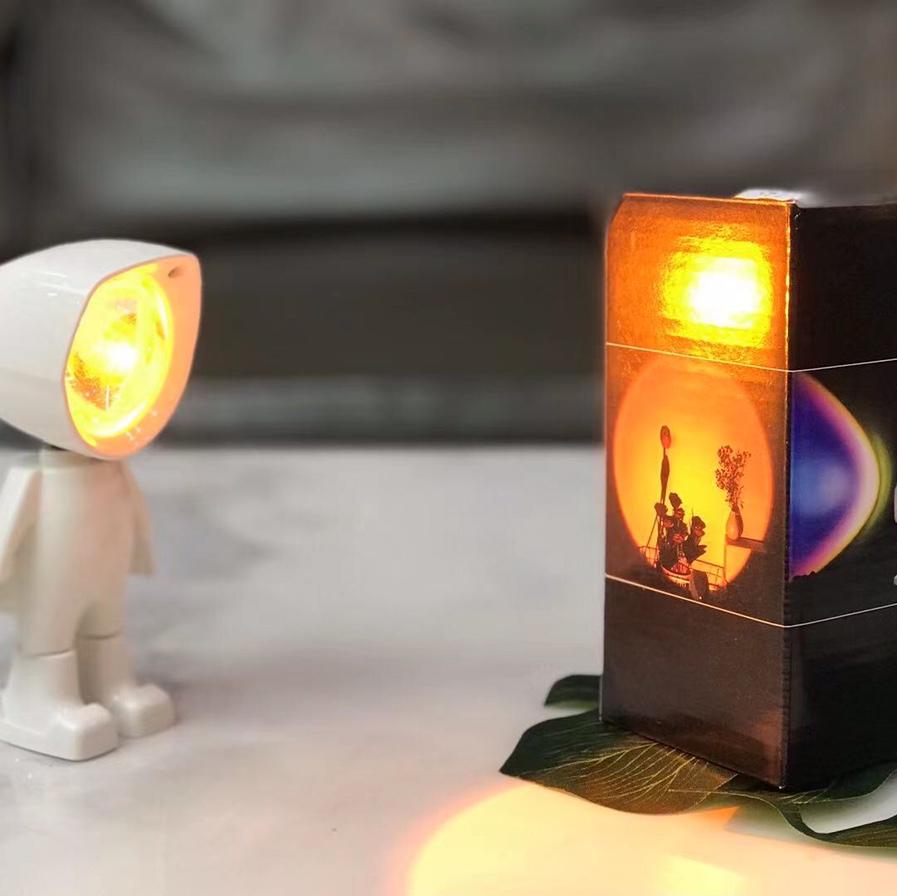 机器人夕阳灯