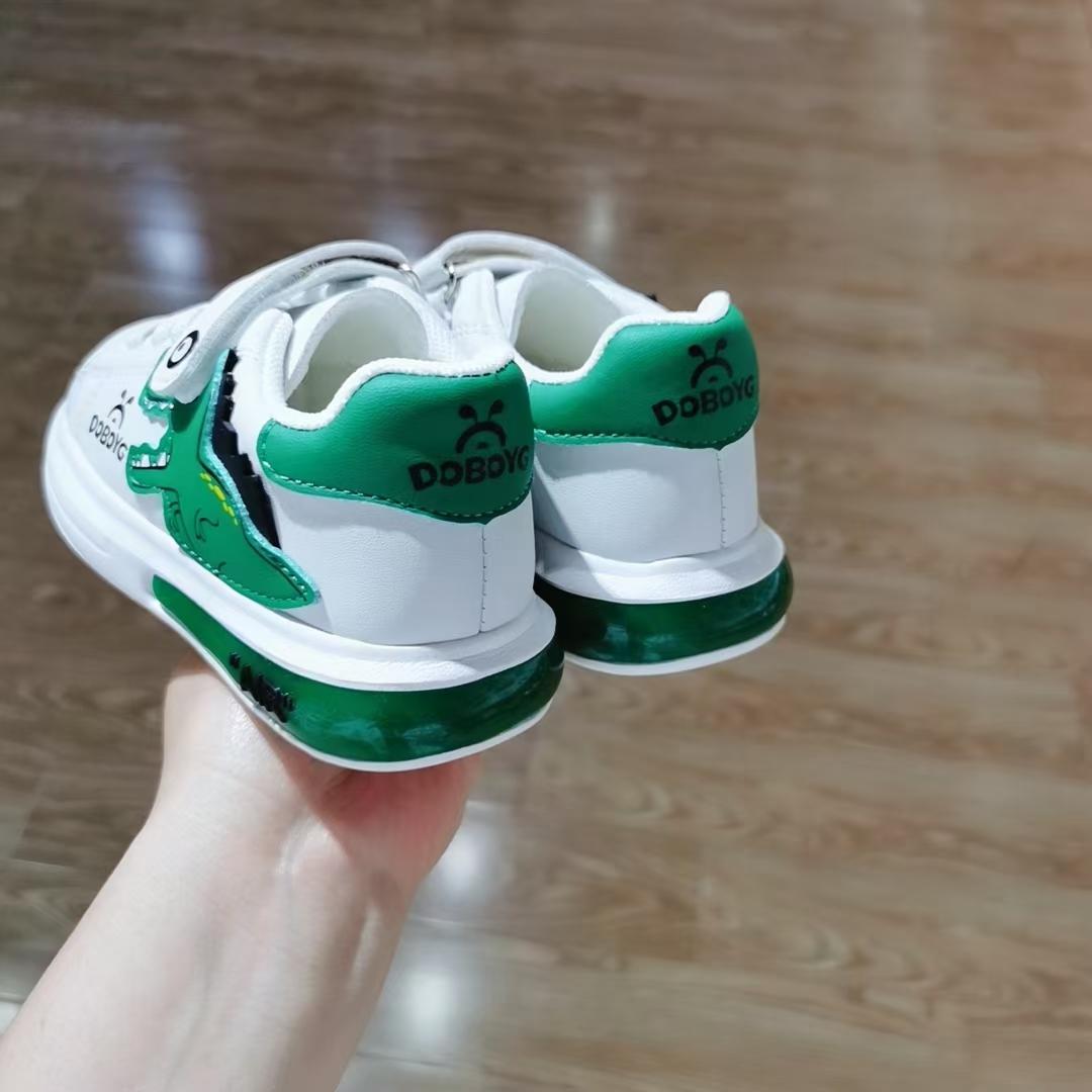 巴布豆童鞋板鞋