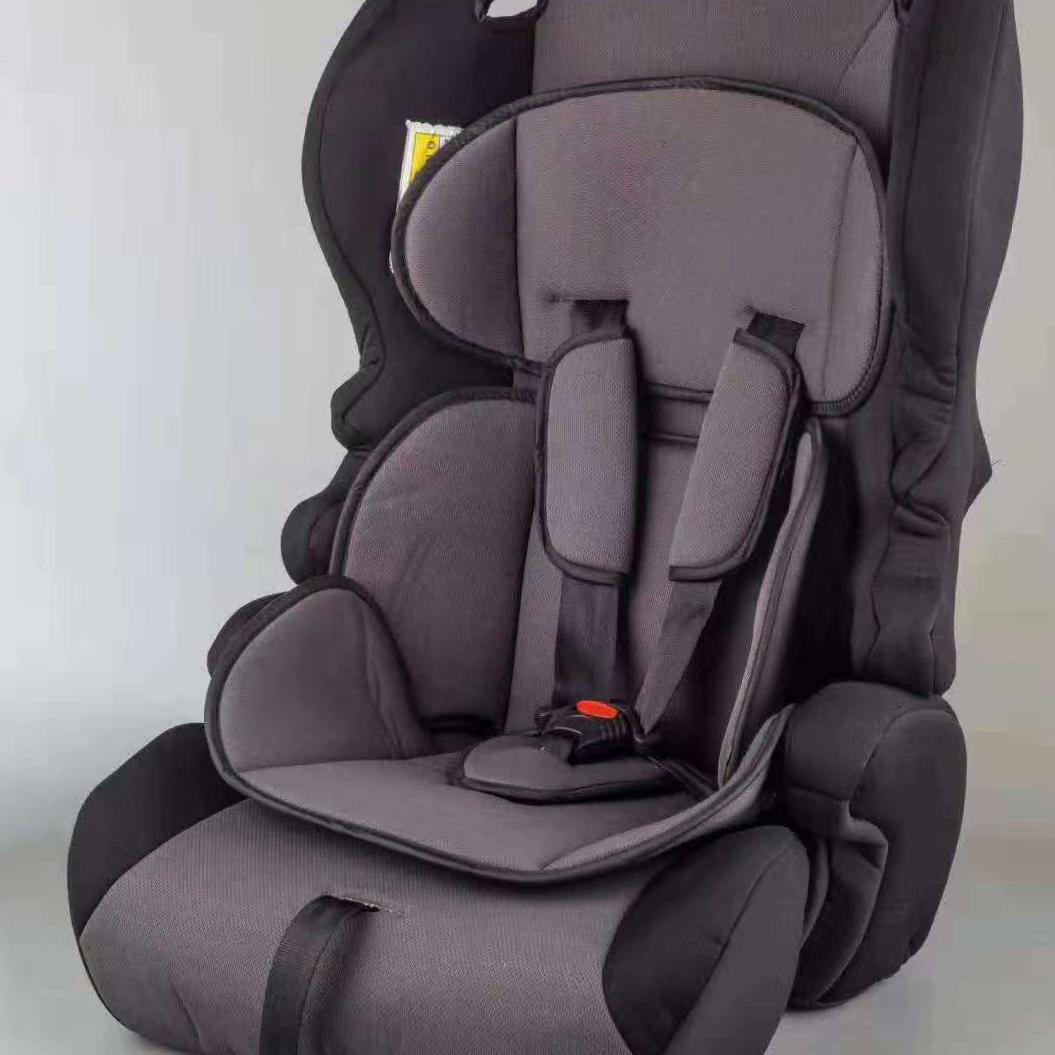 儿童可坐安全座椅