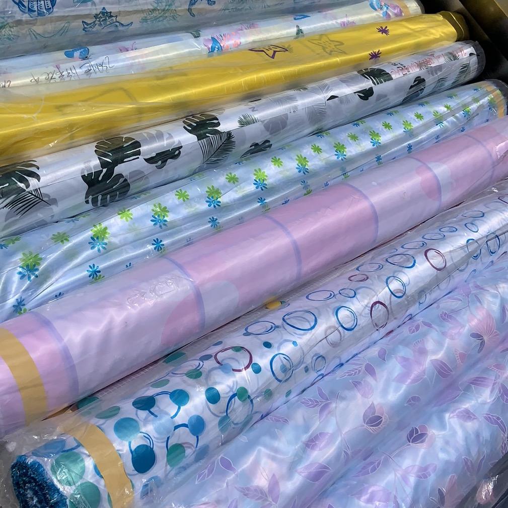 色丁布防水涤纶布做浴帘