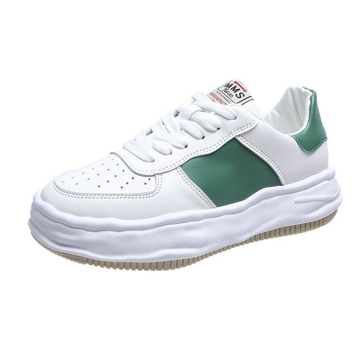 2021新款板鞋女平底学生小白鞋女韩版百搭超火休闲运动鞋女ins潮