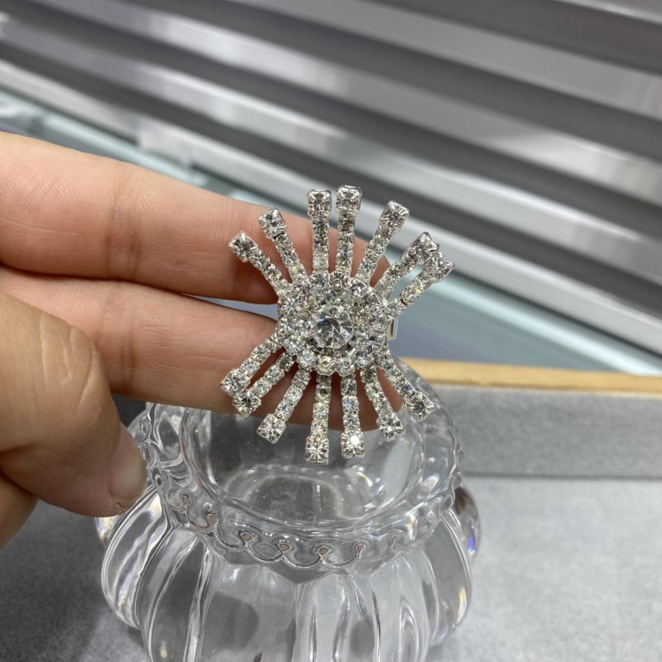 2021小众设计师原创设计师网红chic爪链戒指满钻轻奢甜美重工戒指女710
