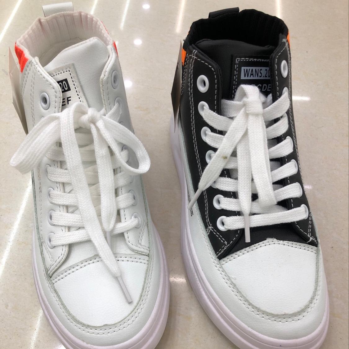 2021年女士小白鞋A526