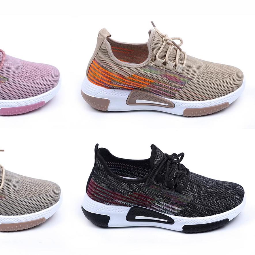飞织运动鞋17