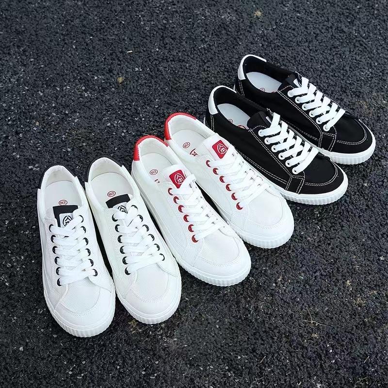 女生网鞋1