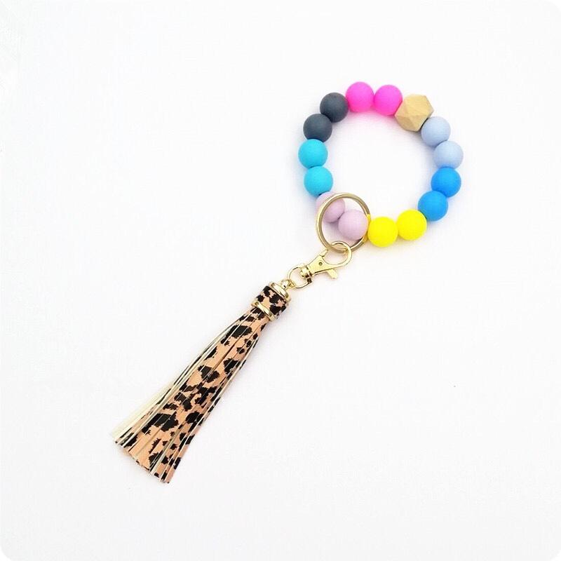 欧美跨境亚马逊新款流苏木珠食物级硅胶珠手串钥匙扣女手链钥匙圈批发零售