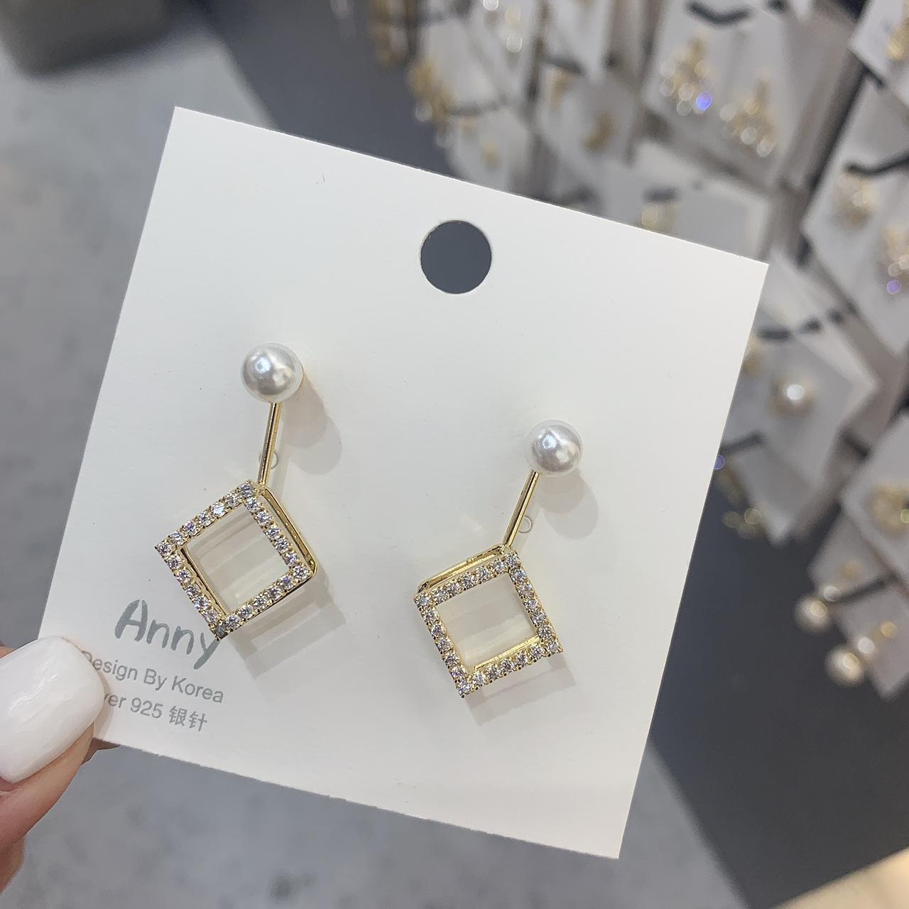S925几何耳钉多钻时尚简约气质耳环超仙珍珠高级感百搭耳饰品